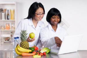 Training programs for dieticians, nutritionists and chefs